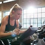 Kobiety rezygnują z siłowni? Aż 73 proc. nie czuje się tam komfortowo