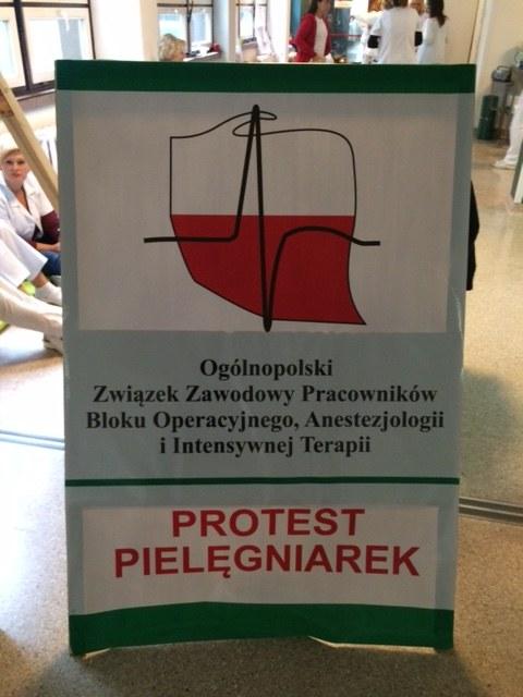 Kobiety walczą o ok. 400 zł podwyżki /Anna Kropaczek /RMF FM