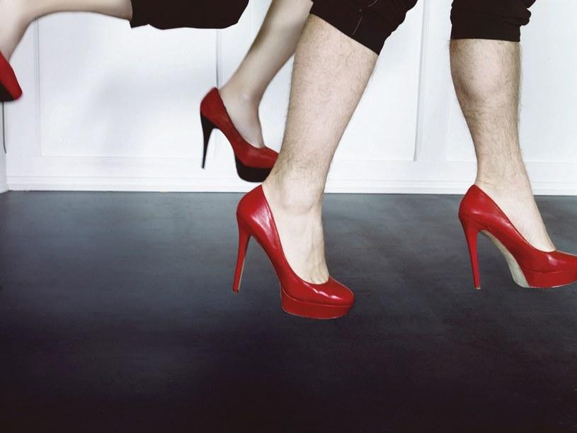 Kobiety wymagają dziś niemożliwego: partner ma być czuły, opiekuńczy, ale zarazem twardy  /Zuza Krajewska & Bartek Wieczorek /Pani