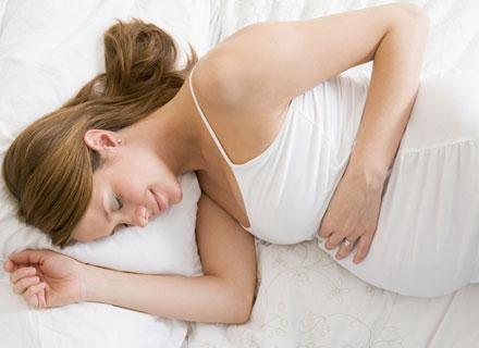Kobiety zgodnie przyznają, że w ciąży śnią więcej niż przedtem /© Panthermedia