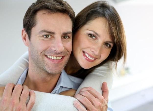 Kocham męża i chcę dla niego tylko tego, co dobre /123RF/PICSEL
