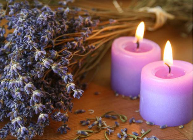 Kojące aromaty pozwalają usunąć ból i zmęczenie  /© Panthermedia