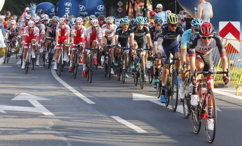 Kolarze na trasie Tour de Pologne /Andrzej Grygiel /PAP