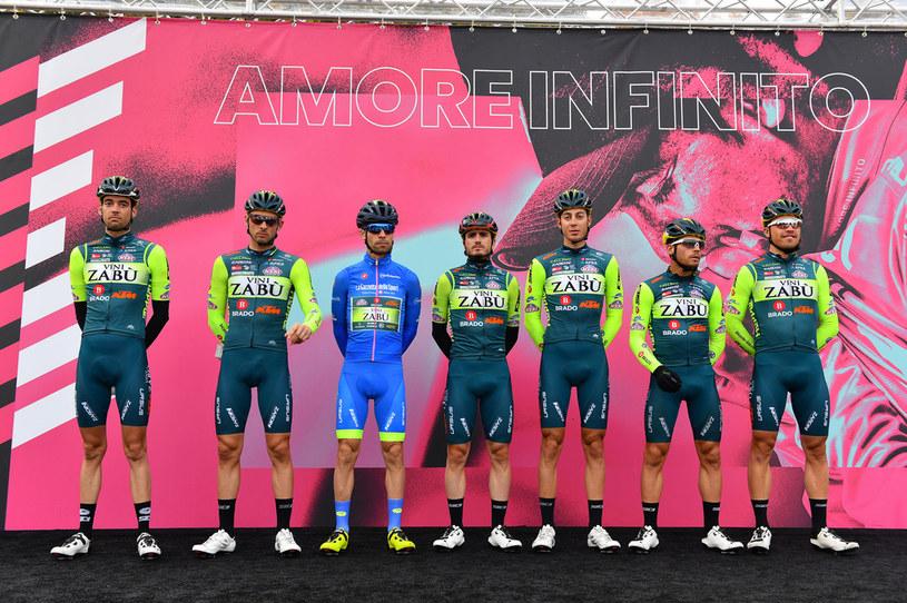 Kolarze Vini Zabu podczas Giro d'Italia 2020 /Stuart Franklin /Getty Images