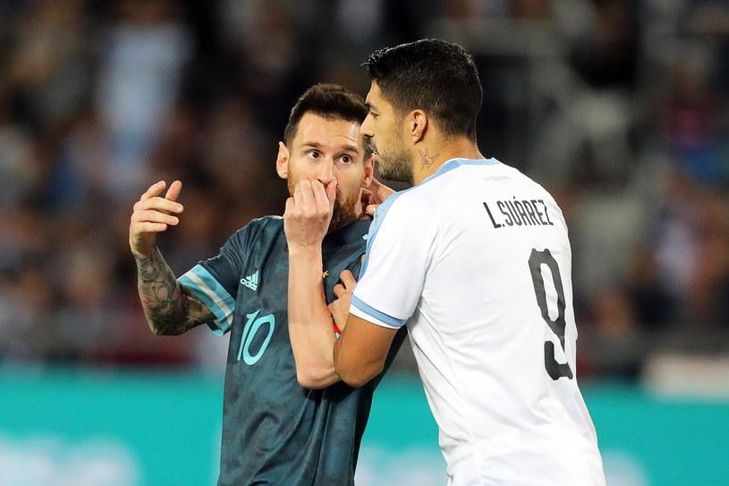 Koledzy z Barcelony - Lionel Messi i Luis Suarez zagrali przeciwko sobie /ABIR SULTAN /PAP/EPA