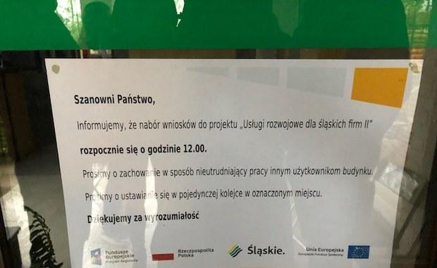 Kolejka po unijne środki na Śląsku. Stoją już od wielkanocnego poniedziałku