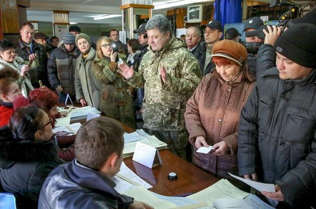 Kolejki chętnych do głosowania na Ukrainie