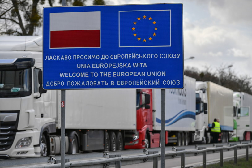 Kolejki na przejściu granicznym z Ukrainą /Wojtek Jargiło /PAP