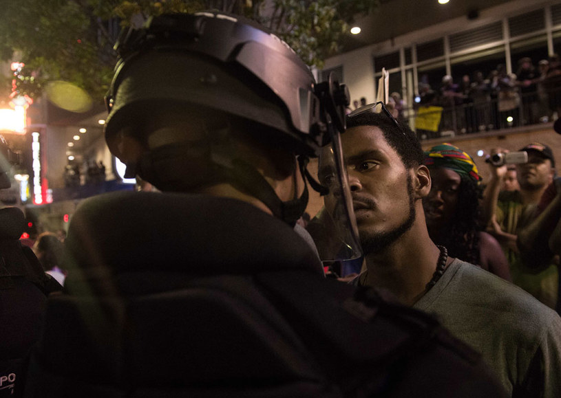 Kolejna noc  protestów w Charlotte po śmierci Afroamerykanina /AFP