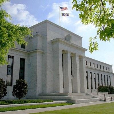 Kolejne posiedzenie Fed w sprawie stóp procentowych odbędzie się 3 listopada /AFP