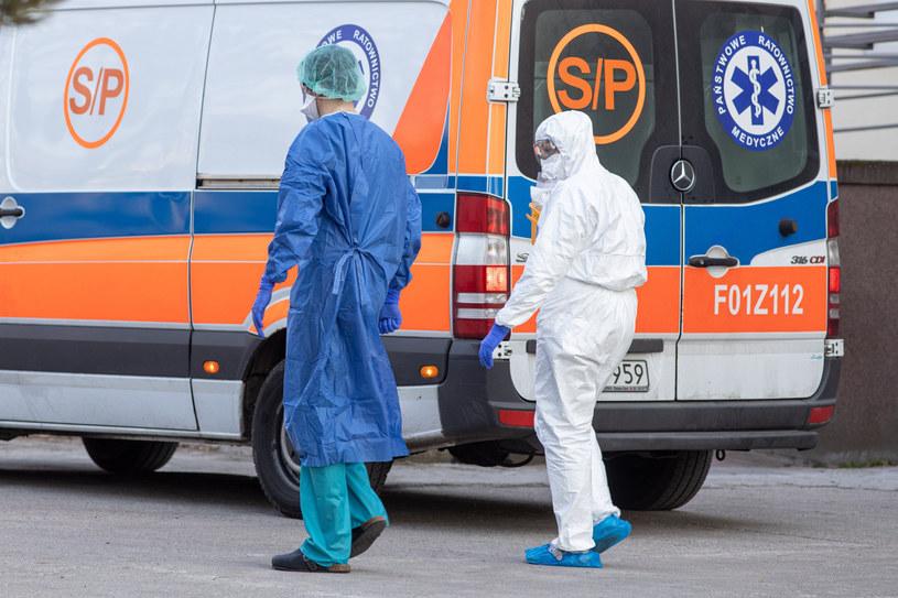 Kolejne przypadki koronawirusa w Polsce /Paweł Jaskółka /East News
