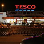 Kolejne zwolnienia grupowe w Tesco. Tym razem w dziale sprzedaży online