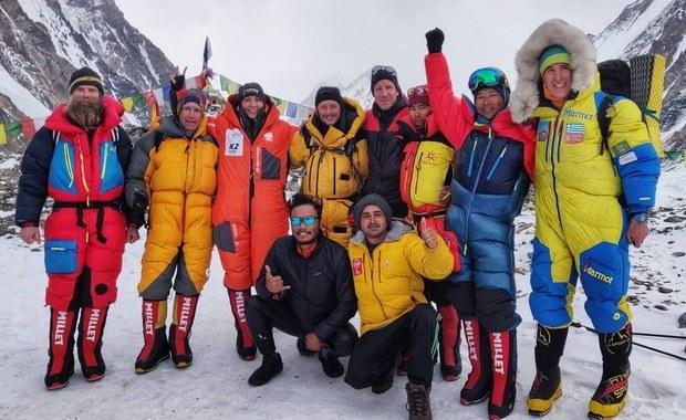 Kolejny zimowy atak szczytowy na K2. Magdalena Gorzkowska ruszyła w górę