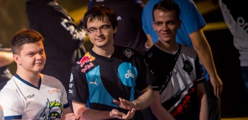 Kolento (ten w środku) podczas turnieju HCT Taipei Photo by Blizzard Entertainment /materiały prasowe