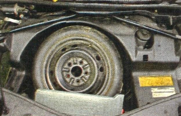 Koło umieszczono z przodu. /Motor