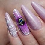 Kolor paznokci zdradza charakter kobiety