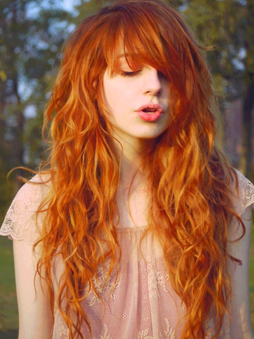 kolor włosów na długo /© Photogenica
