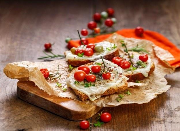 Kolorowe i pożywne tosty pachnące Włochami! /materiały prasowe