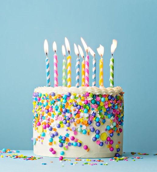 Kolorowy tort /©123RF/PICSEL