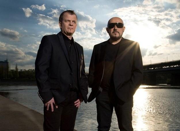 Kombii na nowej płycie śpiewa o miłości /Universal Music Polska