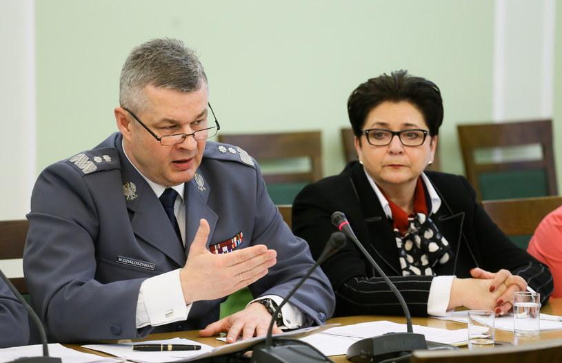 Komendant Główny Policji Marek Działoszyński i minister spraw wewnętrznych Teresa Piotrowska /PAP