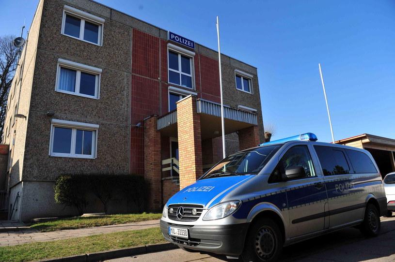 Komisariat policji w mieście Friedland w Niemczech /Marcin Bielecki /PAP