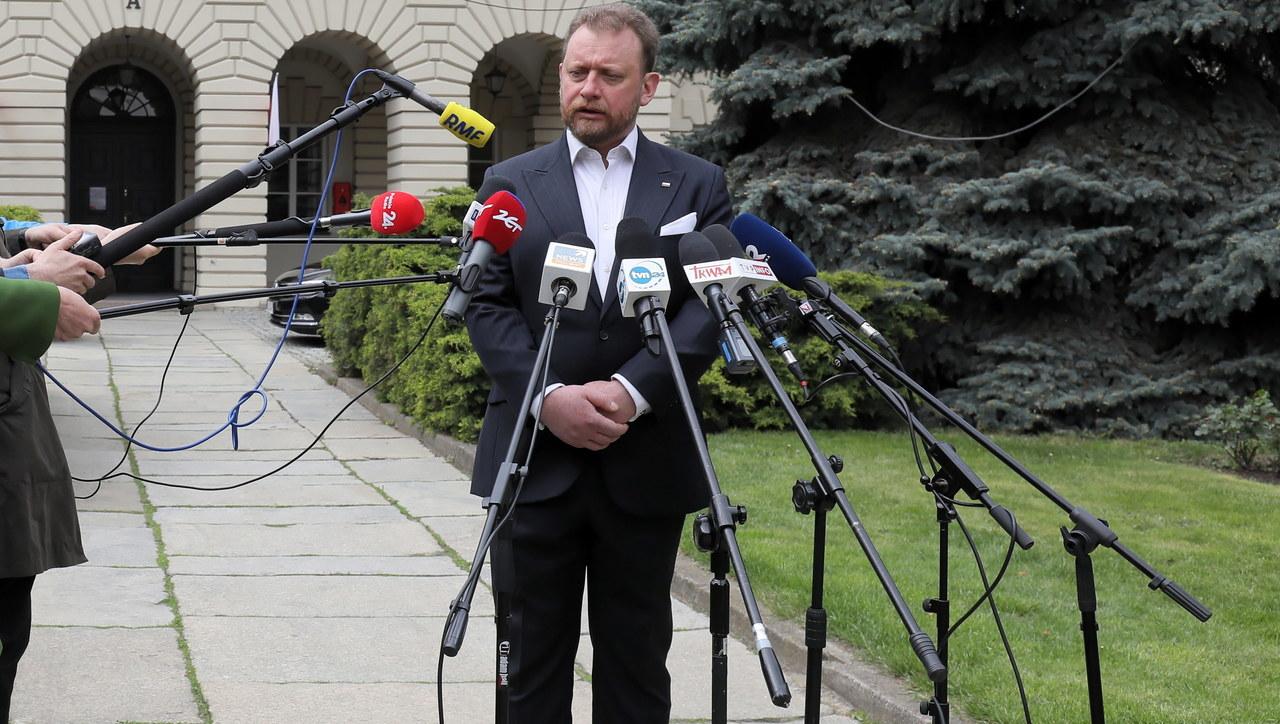 Komisja Europejska odpowiada na zarzuty Szumowskiego ws. unijnych masek