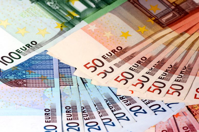 Komisja Europejska zatwierdziła pomoc dla Polski na ok. 2 mld zł /123RF/PICSEL