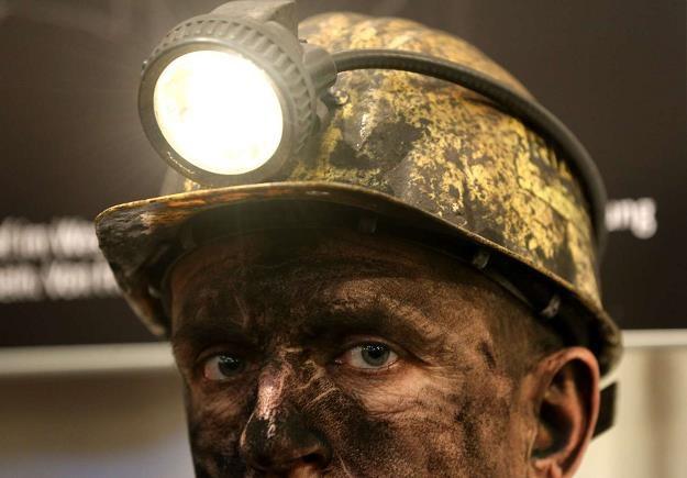 Komisja jest za zwiększeniem limitu wydatków na restrukturyzację górnictwa z 3 do 7 mld zł /AFP