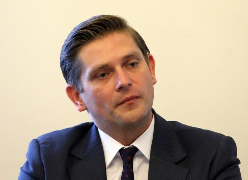 Komisja przeciw wnioskowi o uchylenie immunitetu Bartoszowi Kownackiemu /Stanisław Kowalczuk /East News