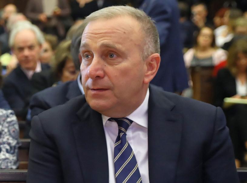 Komisja śledcza ds. VAT przesłucha lidera PO, b. wicepremiera i szefa MSWiA Grzegorza Schetynę /Rafał Guz /PAP
