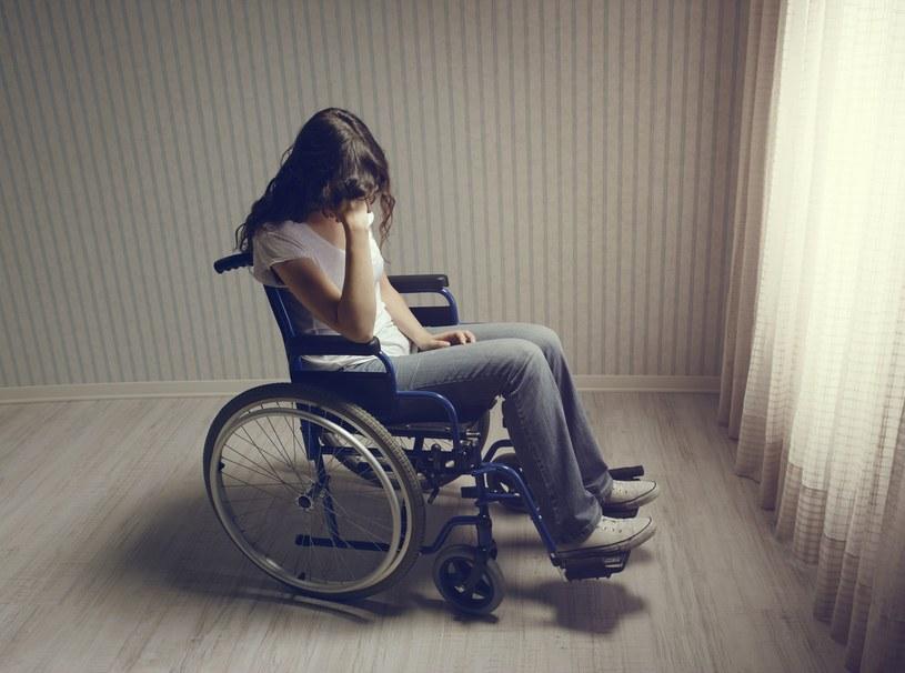 Komornik nie zabierze sprzętu niezbędnego osobom niepełnosprawnym /123RF/PICSEL