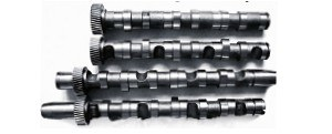 Komplet zamienników wałków rozrządu to koszt od 1200 do 2000 zł. /Motor