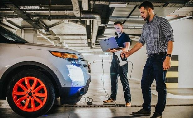 Komputer zamiast kierowcy. Technologie do aut przyszłości powstają w Krakowie