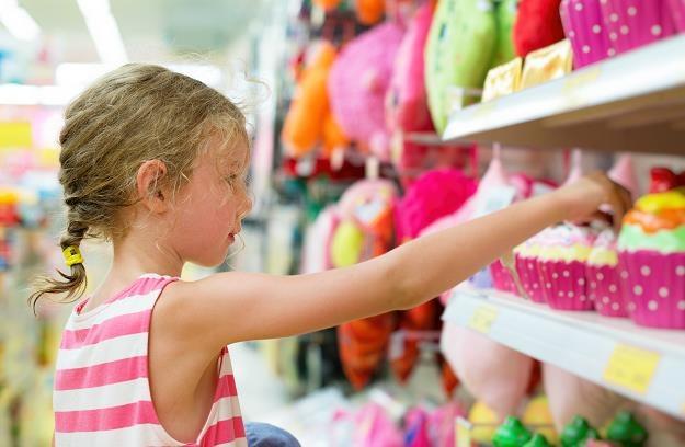 Komu badziewie, komu? W sklepach jest coraz gorszy towar... /©123RF/PICSEL