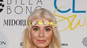 Komu najładniej z kwiatami na głowie? | Na zdj. Rochelle Fox