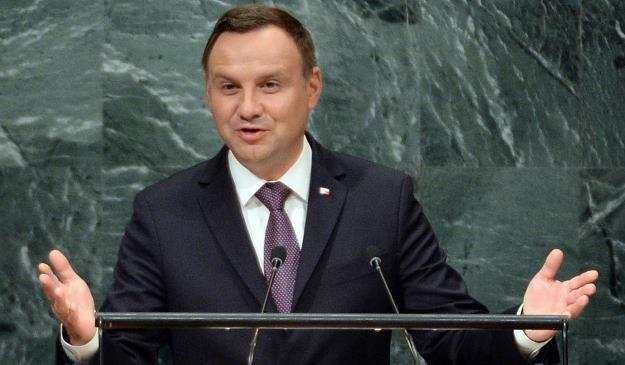 Komunikat, który został przekazany w sierpniu z kancelarii Andrzeja Dudy (nz.) jest bardzo czytelny /PAP