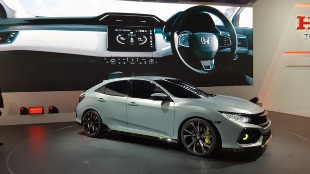 Koncepcyjna Honda Civic hatchback oraz jej deska rozdzielcza /INTERIA.PL