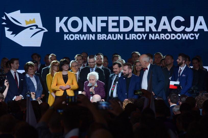 Konfederacja KORWiN Braun Liroy Narodowcy podczas konwencji zaprezentowała kandydatów w wyborach do Parlamentu Europejskiego /Marcin Obara /PAP