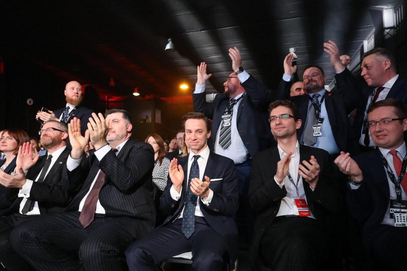 Konfederacja podczas prawyborów prezydenckich /Piotr Molecki /East News