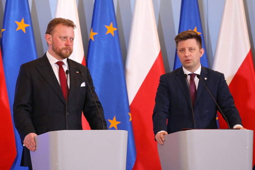 Konferencja ministra zdrowia Łukasza Szumowskiego i szefa KPRM Michała Dworczyka / Tomasz Gzell    /PAP