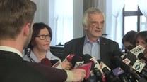 Konferencja PiS w związku z wotum nieufności dla rządu (TV Interia)
