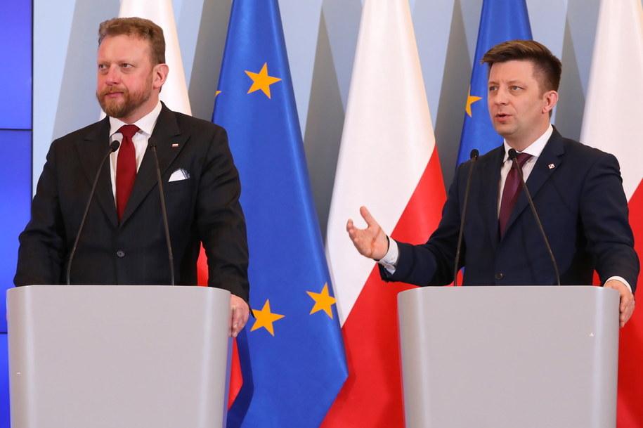 Konferencja prasowa ministra zdrowia Łukasza Szumowskiego i Szefa KPRM Michała Dworczyka. / Tomasz Gzell    /PAP