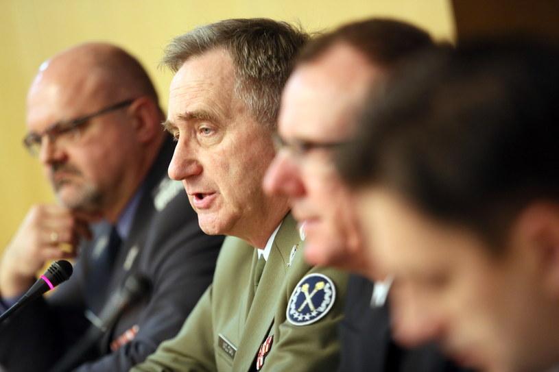 Konferencja prasowa nt. zakupu okrętu podwodnego na wyposażenie Marynarki Wojennej. /Leszek Szymański /PAP