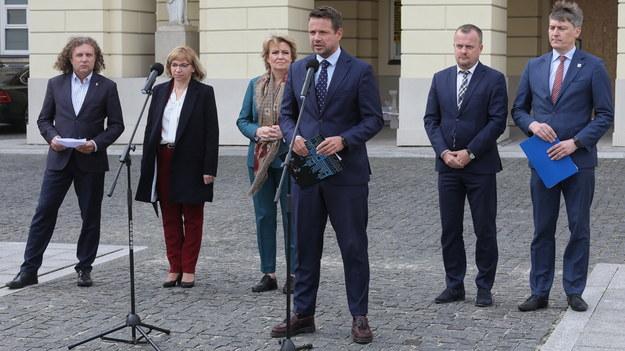 Konferencja prasowa samorządowców w Warszawie / Paweł Supernak   /PAP