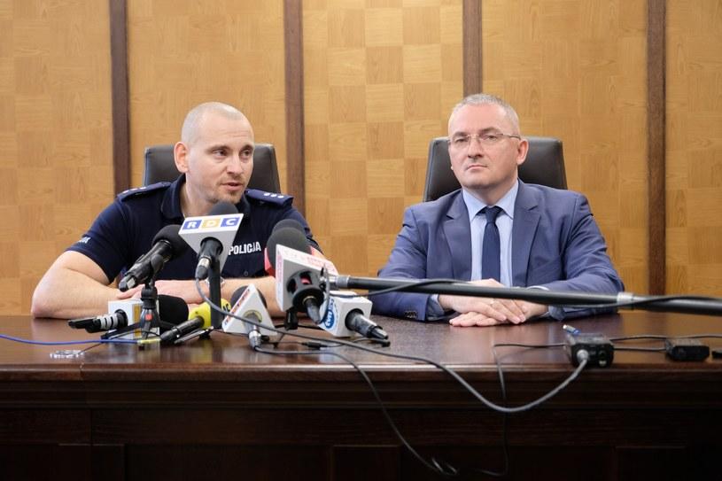 Konferencja przedstawicieli policji i sądu w związku z zabójstwem w Wawrze /Mateusz Grochocki /East News