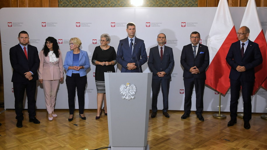 Konferencja w Ministerstwie Edukacji Narodowej / Radek Pietruszka   /PAP