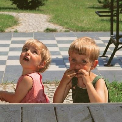 Konfrontowanie zdolności maluchów może stresować /INTERIA.PL