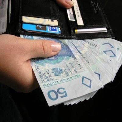 Kongres i ZBP proponują, by kasy dawały możliwość oszczędzania co miesiąc jakiejś sumy na mieszkanie /INTERIA.PL