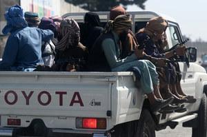 Kongresman: Talibowie wzięli zakładników, nie pozwalają odlecieć Amerykanom
